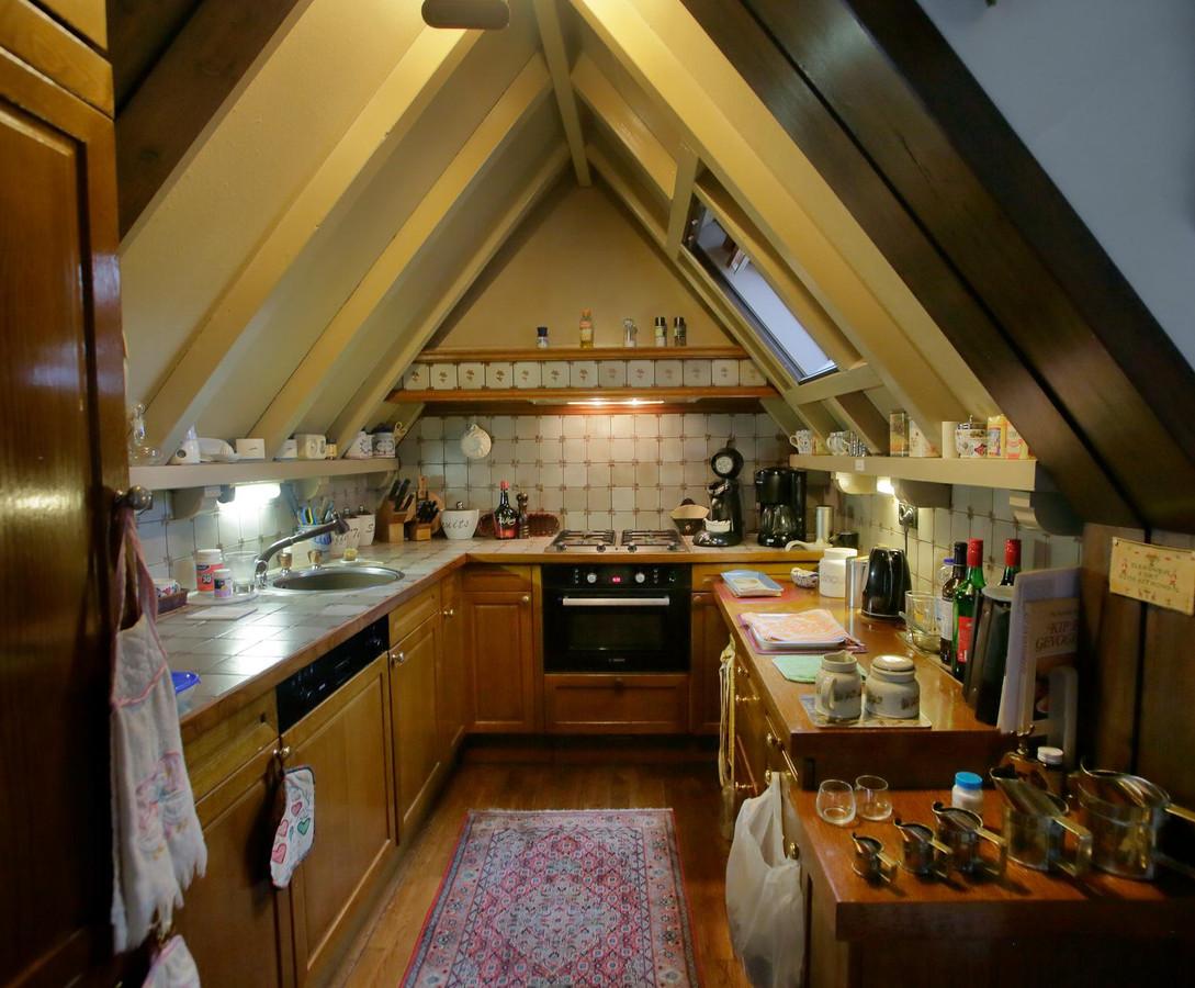 De grote kerk is een goede buur foto - Kombuis keuken ...