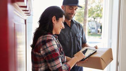 Mike en Kelly krijgen al maanden Amazon-pakjes die ze niet hebben besteld. En ze kunnen er niets aan doen