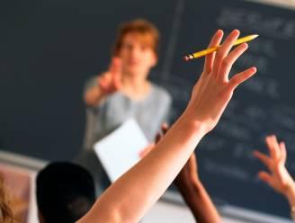 """Weyts wil """"rotte appels"""" onder leerkrachten sneller ontslaan"""
