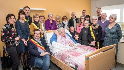 Gewezen bobijnster Madeleine Ballois viert 100ste verjaardag