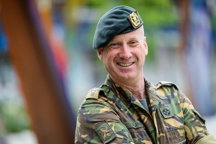 Martin Wijnen uit Enschede is sinds eind 2019 Commandant Landstrijdkrachten, de hoogste baas van de landmacht.