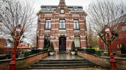 Dit verdienden Oudenburgse politici in 2018