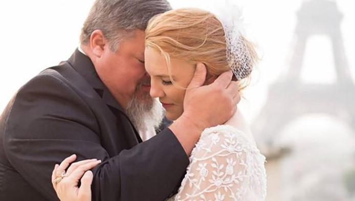 Vader Sterft Vlak Nadat Hij Met Dochter Danst Op Haar