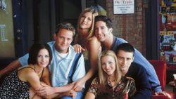 Seksisme, fatshaming en homofobie: hoe fout was 'Friends' eigenlijk?