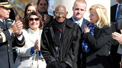Oudste man en oorlogsveteraan van de VS overleden op 112-jarige leeftijd