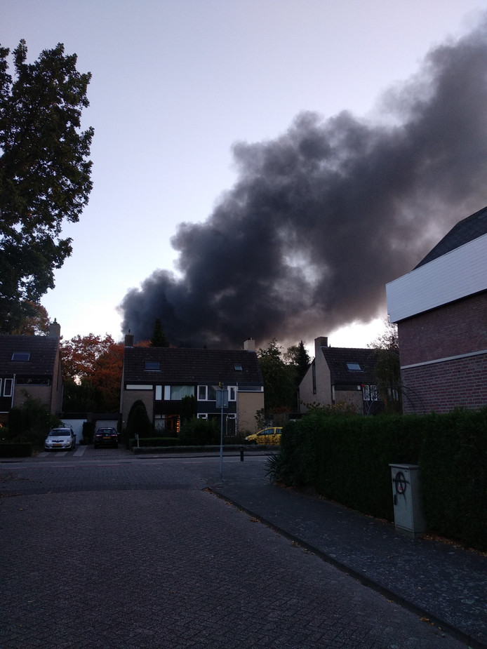Brand bij Tuf Recycling in Dongen