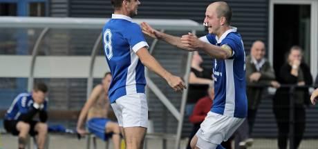 Spelers FC De Rakt aangenaam verrast op training: promotie is een feit