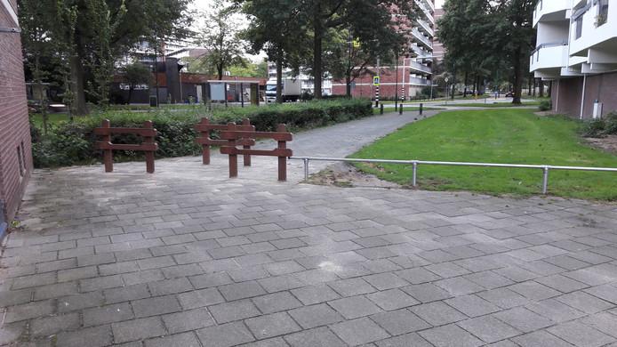 De nieuwe afsluiting voor scooterrijders aan de Pollux in Veenendaal.