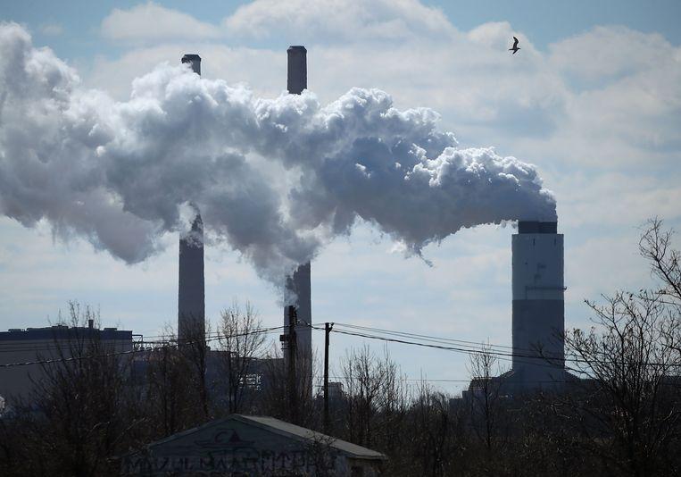 Een kolencentrale in Baltimore, Maryland. Trumps 'Affordable Clean Energy rule' is gericht op technische verbeteringen om kolencentrales open te houden. Beeld AFP
