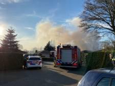 Veel rook bij woningbrand in Ermelo, brand onder controle