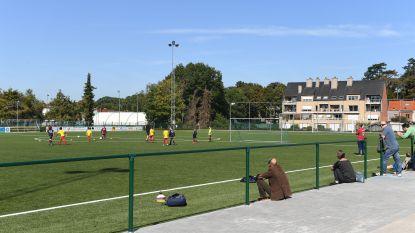 Nieuw kunstgrasveld Boudewijnstadion officieel ingehuldigd