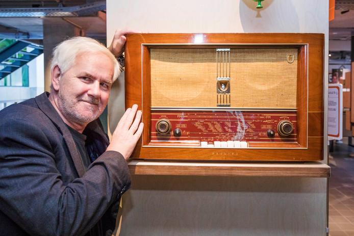 Rob Candy stond aan de basis van Radio Centraal, de eerste commerciële landpiraat van Den Haag.