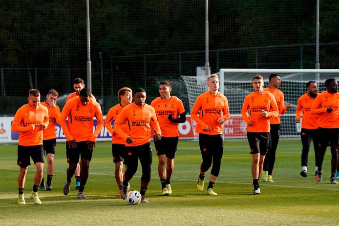 PSV trainde daags voor het thuisduel met LASK Linz van vorige week een kwartier open voor de ogen van persvertegenwoordigers. Dit vloeit voort uit UEFA-richtlijnen.