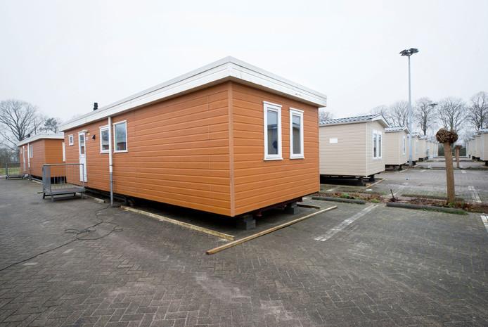 De tijdelijke huisvesting voor bewoners van Fort Oranje op het terrein van het voormalige AZC in Rijsbergen. Er wonen voornamelijk gezinnen waarvan de kinderen hier op school zitten, zij krijgen een jaar de tijd om woonruimte in de regio te vinden. Foto: Joyce van Belkom/Pix4Profs