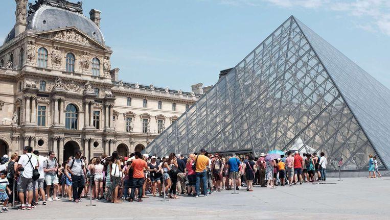 Hte Louvre wil in samenwerking met het Rijksmuseum schilderijen van Rembrandt kopen. Beeld afp