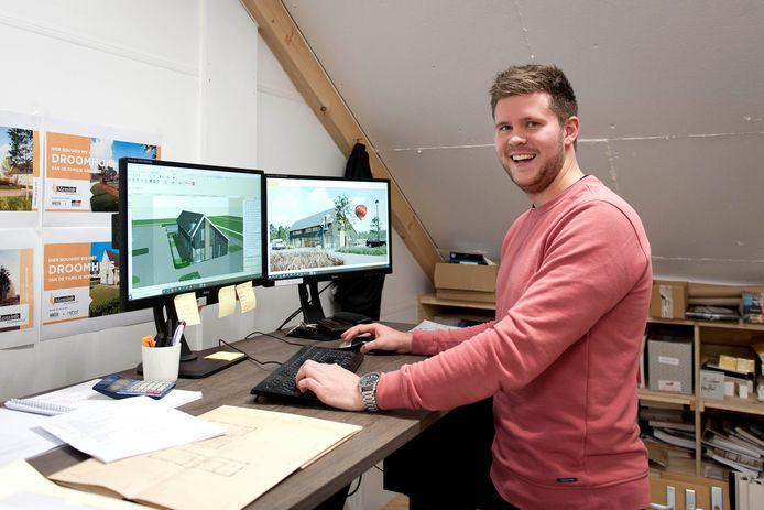 Joeri Loozeman, afgestudeerd HBO'er bouwkunde, werkt bij Mensink. De vier bedrijven die meedoen aan de Innovatiehub Salland, willen meer hoger opgeleiden binnenhalen.