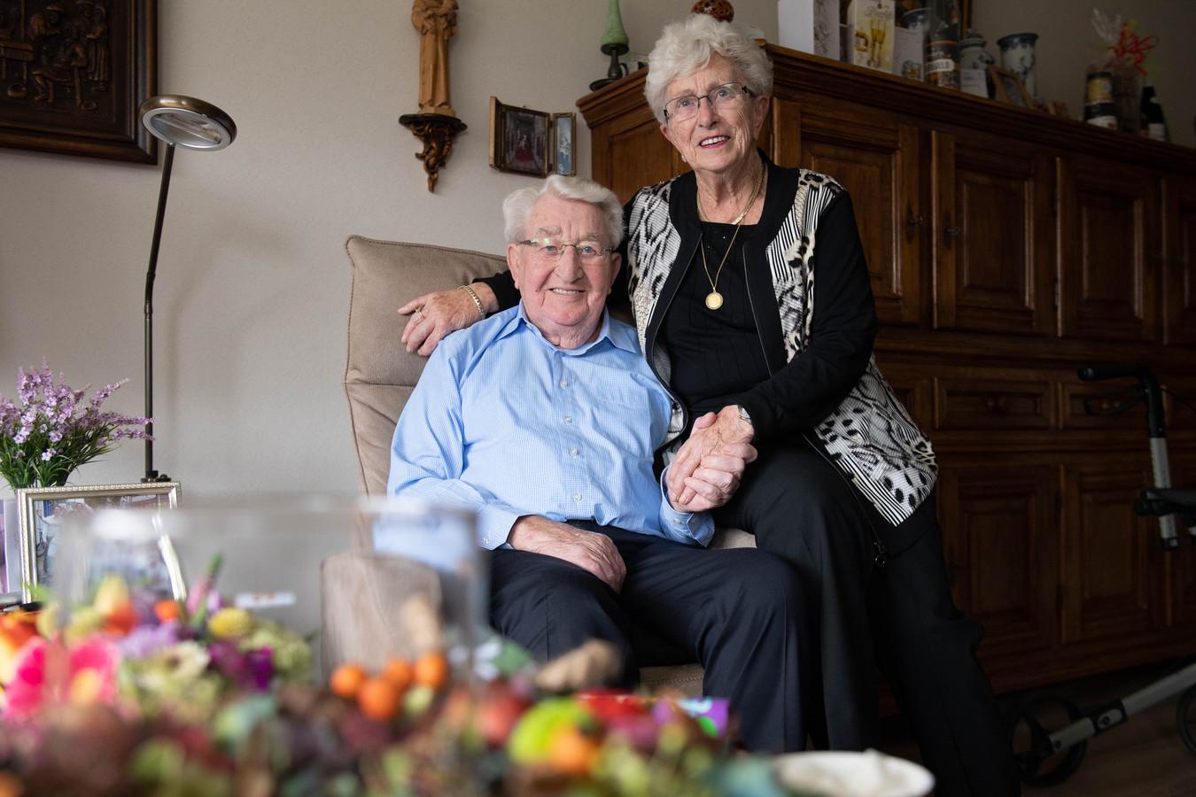 TT-2019-013980 - HENGELO - 65-jarig echtpaar Analbers. EDITIE: HENGELO FOTO: Lars Smook LS20191022