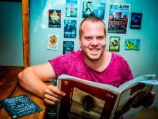 Westlander Dirk van Duijvenbode stunt op darttoernooi, hoe is hij zo ver gekomen?