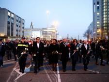 LIVE   Van Zanen: In Utrecht is geen plaats voor haat en geweld, 16.000 mensen lopen stille tocht