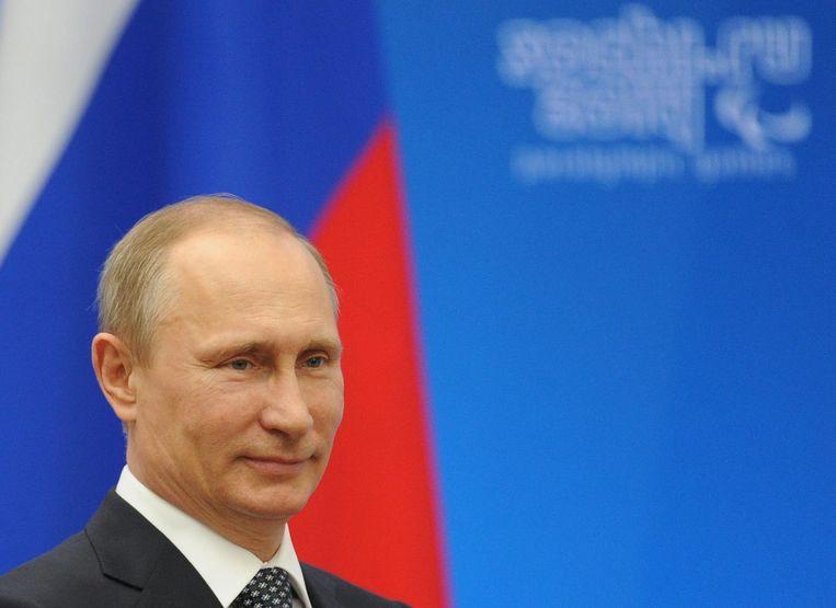 De Russische president Vladimir Poetin erkent de afscheiding van de Krim van Oekraïne.  Beeld EPA
