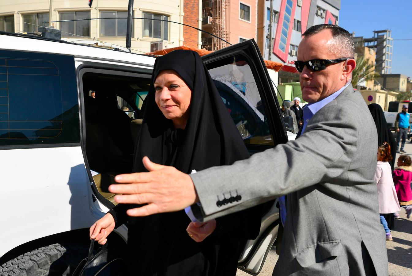 Oud-minister Jeanine Hennis wordt als VN-gezant in Irak beveiligd. Deze foto is van eerder dit jaar.