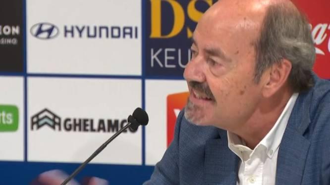 """De wel erg vreemde start van de Gentse persconferentie: """"Door omstandigheden kan Bölöni hier niet zijn"""""""