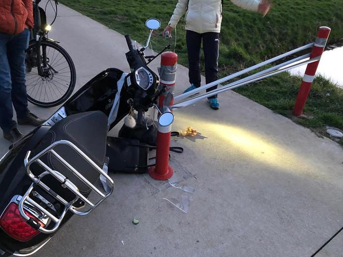Marijn Jansen kwam met haar scooter ten val door de ducttape.