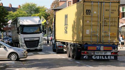 Elke dag 1.500 trucks door dorp