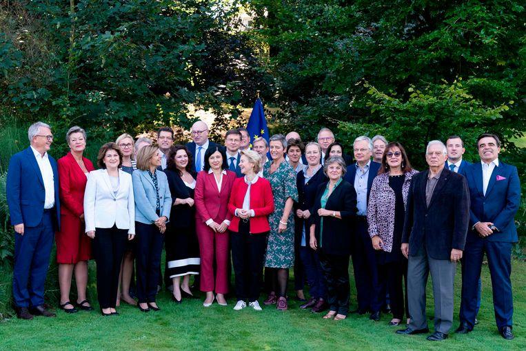 De beoogde EU-commissarissen die de komende anderhalve week op gesprek gaan.  Beeld AFP