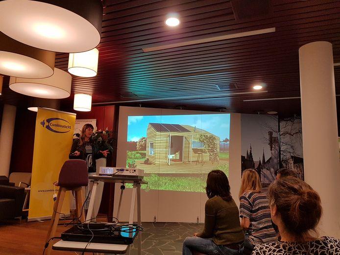 Spreker Marjolein Jonker, pionier op het gebied van Tiny Houses in Nederland.