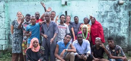 TU-studenten pakken plasticvervuiling aan in Zanzibar