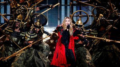 Van behandelingen met vorken tot uit de zon blijven: de schoonheidsgeheimen van Madonna