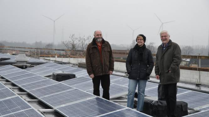 """Nieuwe burgercoöperatie laat iedereen genieten van zonne-energie: """"Trein van groene transitie vertrekt in Schelle"""""""
