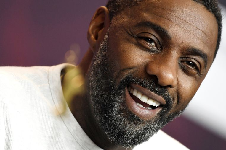 Idris Elba is door People uitgeroepen tot 'Sexiest Man Alive 2018'.