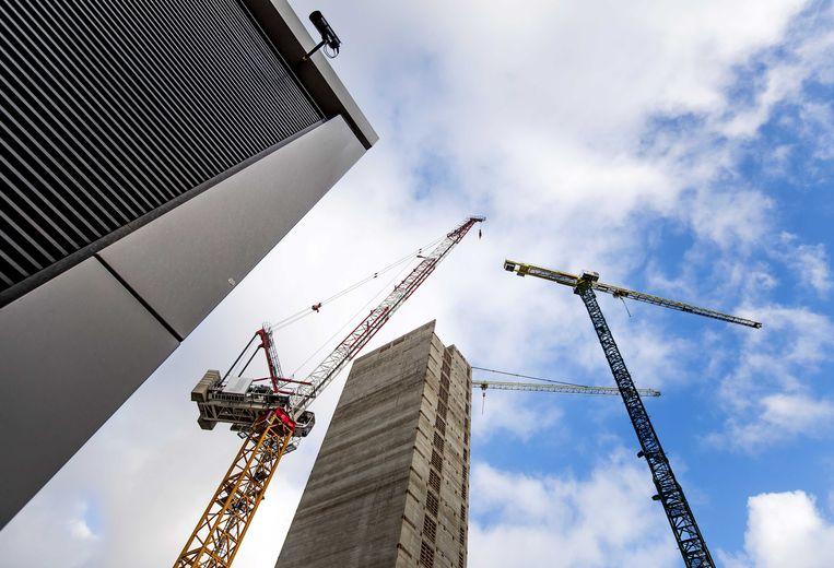 De bouwlocatie aan de Zuidas waar een kantoor voor het geneesmiddelenbureau Europees Geneesmiddelen Agentschap (EMA) wordt gebouwd. De nieuwbouw is waarschijnlijk in november 2019 klaar.  Beeld ANP