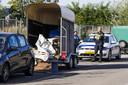 De trailer met spullen voor een drugslab werd midden in een woonwijk gevonden.