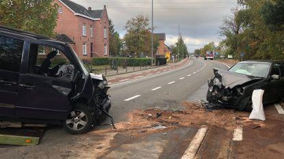 Vijf kinderen gewond bij crash op weg naar school