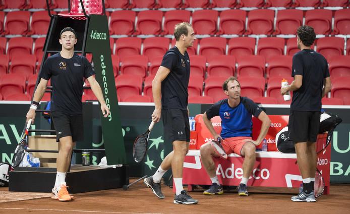 Tallon Griekspoor, Thiemo de Bakker, Matwé Middelkoop en Robin Haase tijdens de training.