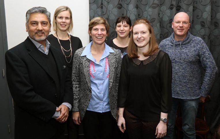 V.l.n.r. : Deep Parekh, Nele Vanhoof, Griet Smaers, Kaat Kuipers, Thaïs Tirmarche en Stefan Helsen.