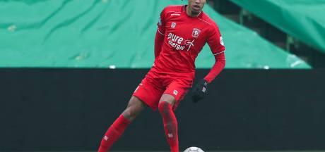 FC Twente met Tyronne Ebuehi in de basis