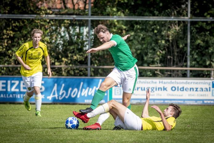 Berghuizen stapt over naar het zaterdagvoetbal, maar de vijfdeklasser sloot de periode op zondag wel af met promotie.