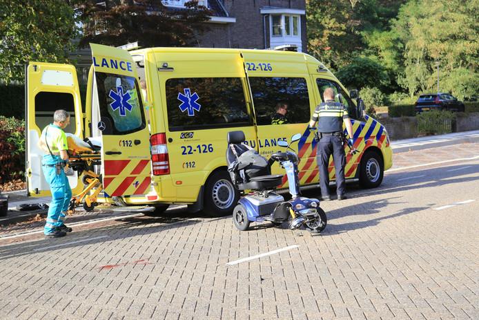 Vrouw gewond na aanrijding in Asten.