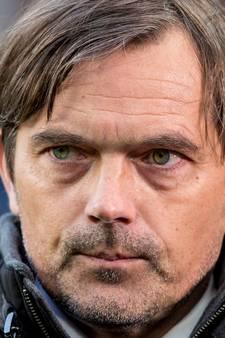 Cocu noemt hoop van  KNVB-directeur op winst Feyenoord tegen PSV zorgwekkend