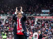 Fenerbahçe stuurt trainer de laan uit en maakt weg vrij voor Cocu