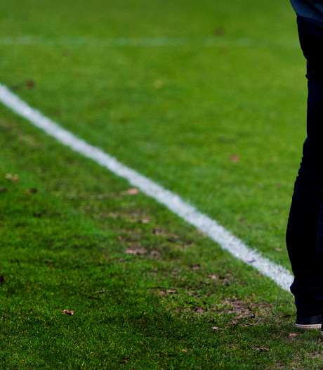 Voetbalwedstrijd gestaakt na massale vechtpartij