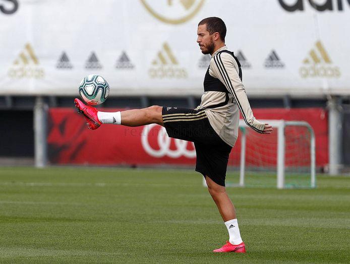 Eden Hazard à l'entraînement individuel.