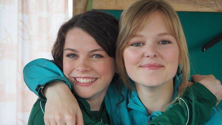 Ina De Winne (links) maakt haar debuut in 'Thuis'