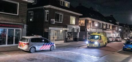 Slachtoffer lag op de ic na vermoedelijke drugsruzie Velp, politie zoekt voortvluchtige dader