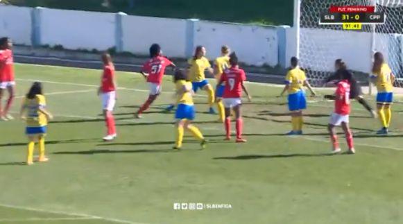 Het vrouwenelftal van Benfica draaide CP Pego met 32-0 door de gehaktmolen.