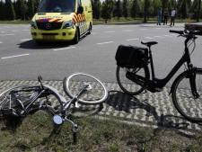 Fietser gewond door botsing met vrachtwagen in Haps